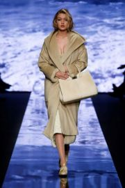 MAX MARA AND MARILYN MONROE – THE ICONS OF TIMELESS ELEGANCE AND CHIC. FALL WINTER 15/16 COLLECTION