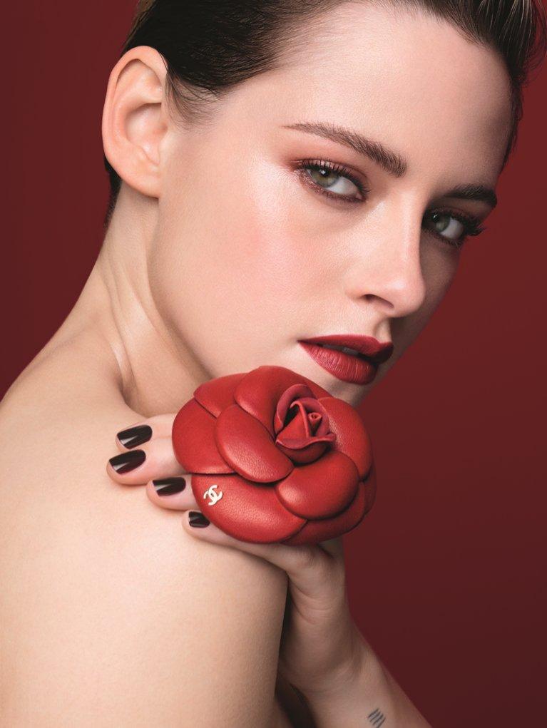 Kristen Stewart twarzą CHANEL ROUGE ALLURE CAMÉLIA