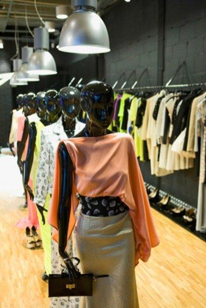 Otwarcie showroomu Simple i prezentacja kolekcji na sezon wiosna lato 2012
