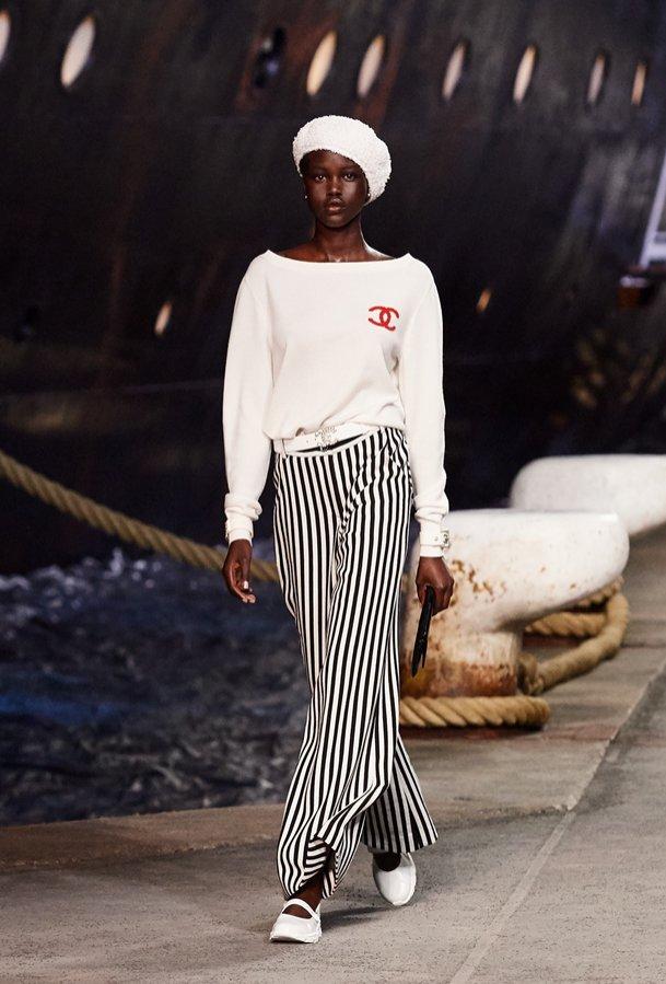 Chanel Resort 2018 - pokaz mody (1)