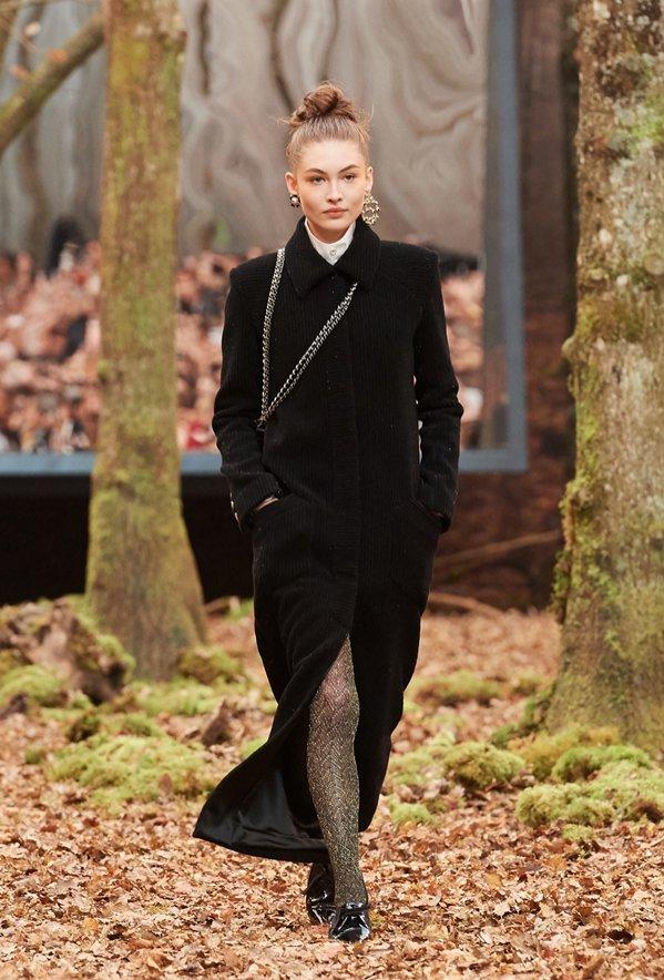 Chanel jesień zima 2018/19 - pokaz mody (1)