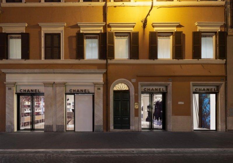 1. Efemeryczny butik Chanel w Rzymie