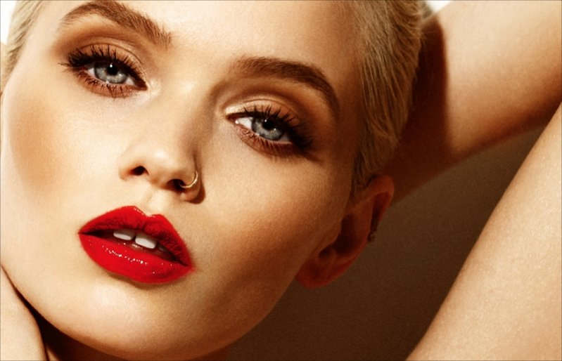 Abbey Lee Kershaw w trailerze 25 magazine