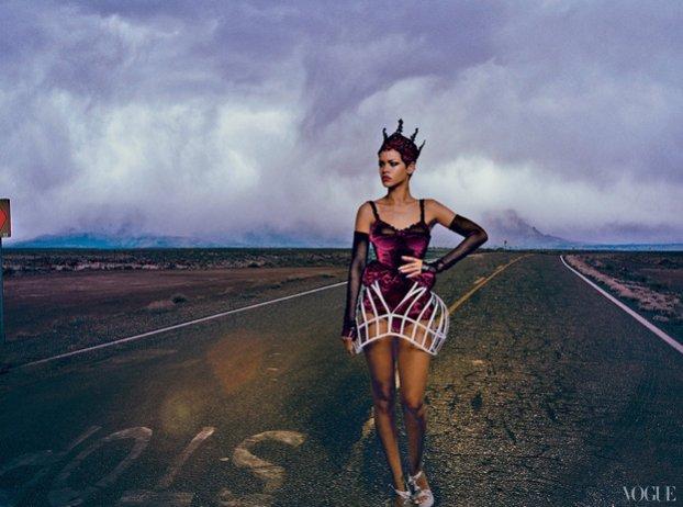 Rihanna w sesji Annie Leibovitz dla Vogue USA