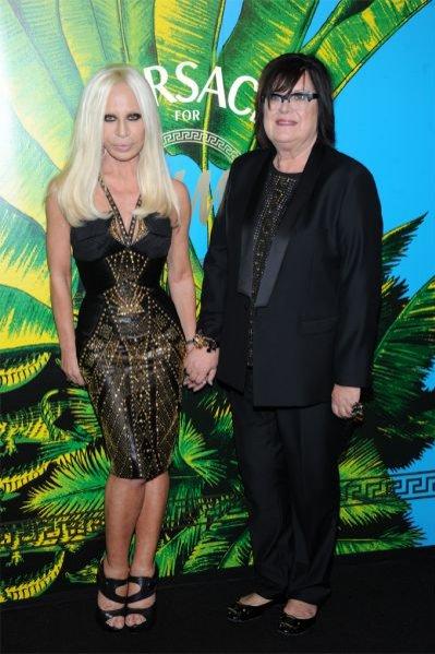 Donatella Versace i Margareta van der Bosch na pokazie kolekcji Versace dla H&M