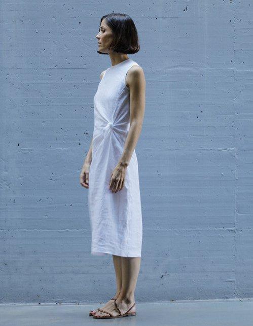 Lniana sukienka z wiązaniem, On Atlas/Showroom, 619 pln