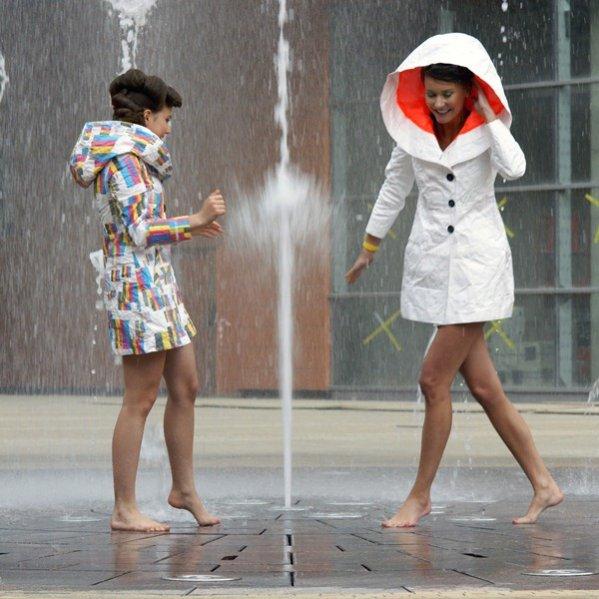 Przeciwdeszczowe płaszcze marki Biel Fashion