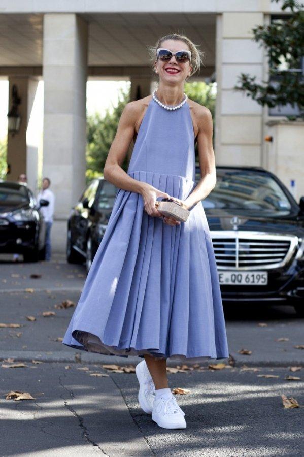 Trendy wiosna 2017: niebieski kolor