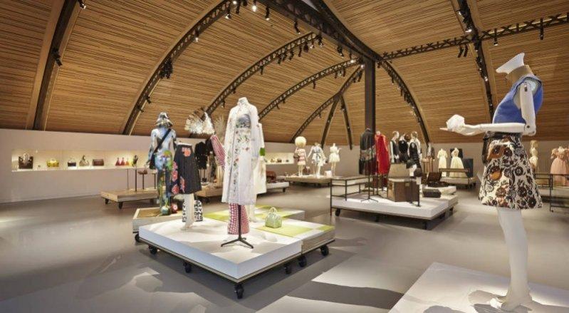 Galeria Louis Vuitton Asnières