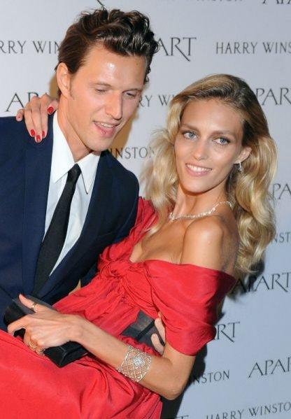 Anja Rubik i Sasha Knezevic na imprezie Apart - Diamant Mon Amour