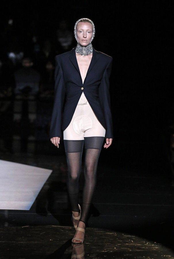 Schiaparelli - kolekcja haute couture jesień zima 2019/20 (1)