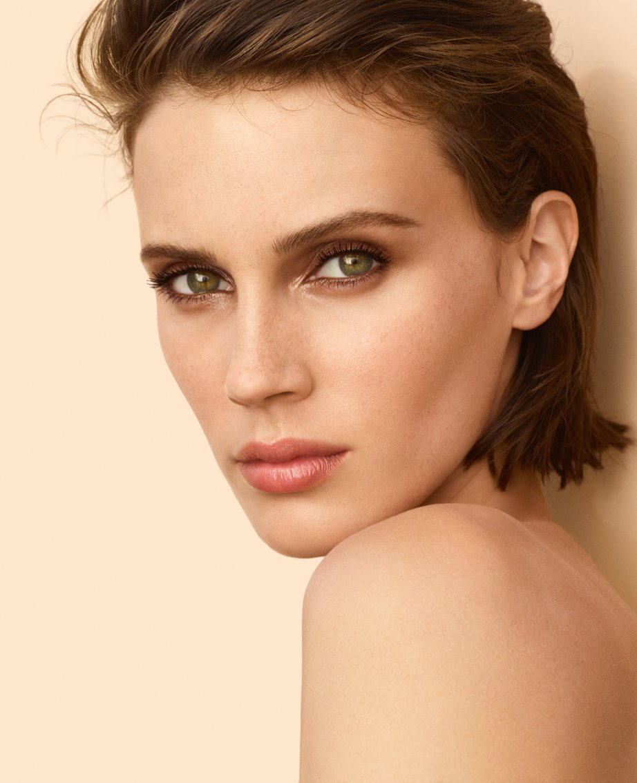 CHANEL LES BEIGES 2019 x Marine Vacth