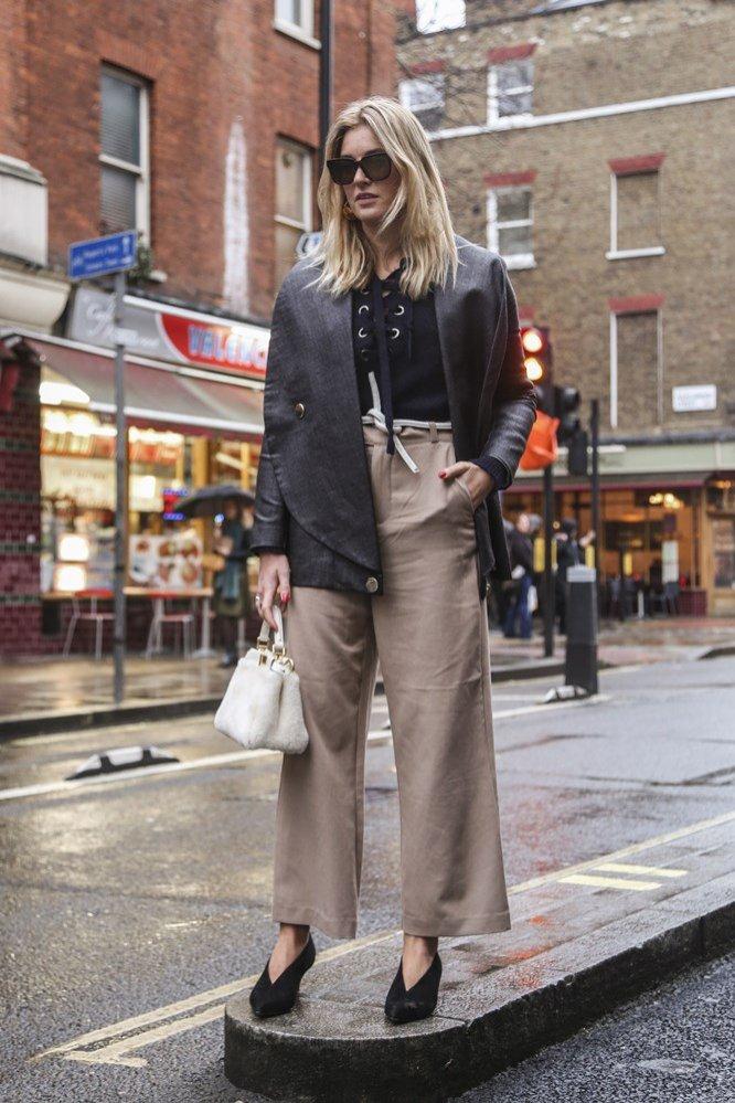 1. Stylizacje z szerokimi spodniami