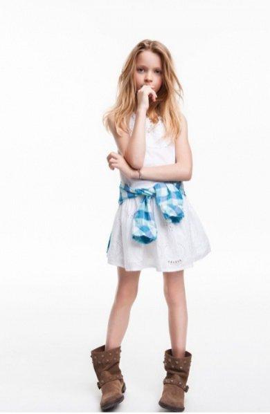 ZARA girl maj 2012