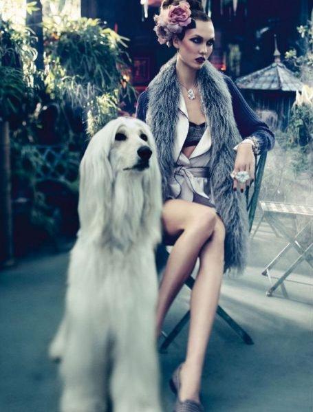 Karlie Kloss w sesji Day-dream w Vogue Germany Grudzień 2011