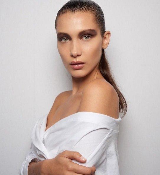 Bella Hadid x Dior Makeup