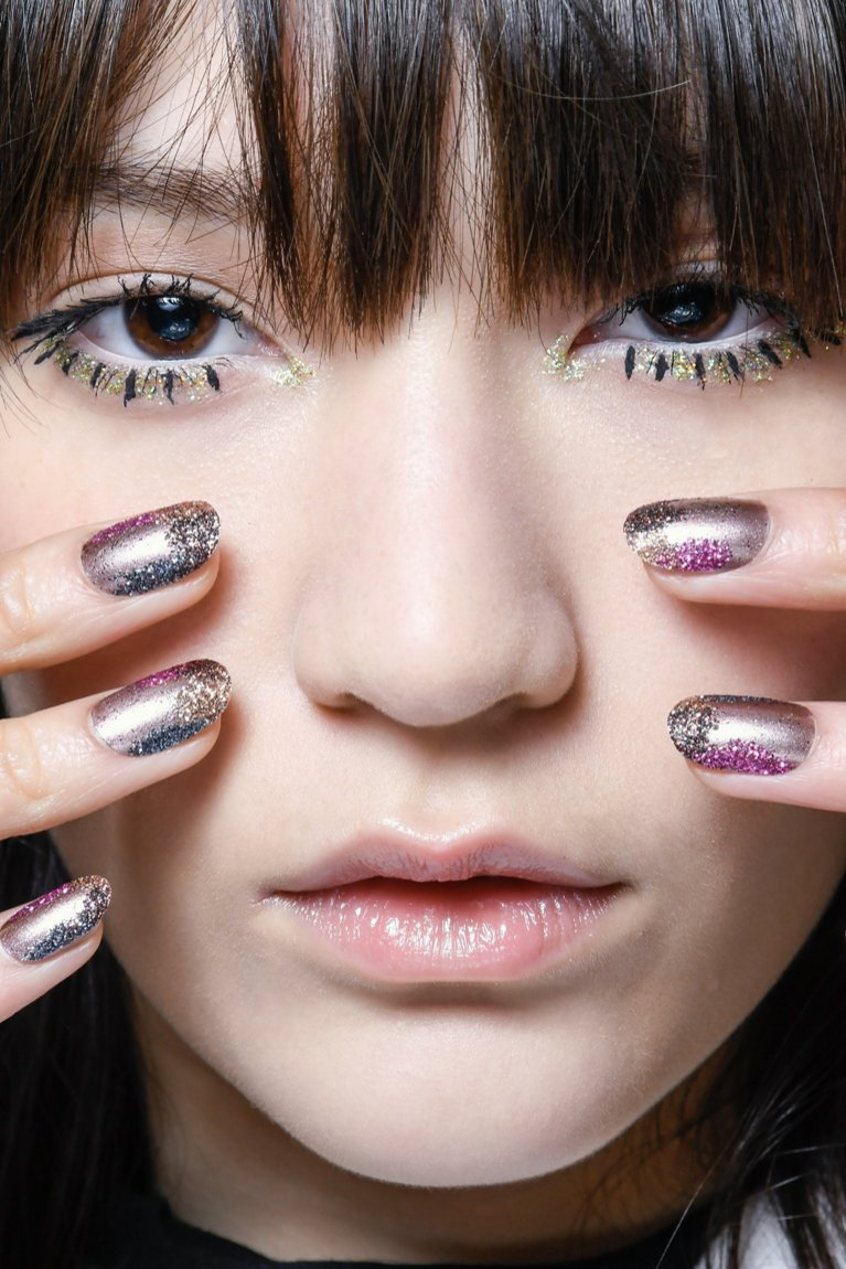 Brokatowe paznokie