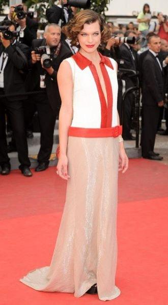 Milla Jovovich w sukni Prada