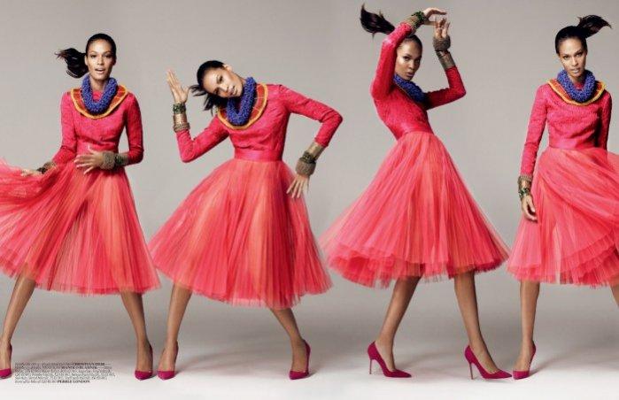 Joan Smalls w karnawałowej sesji dla grudniowego Vogue Turkey