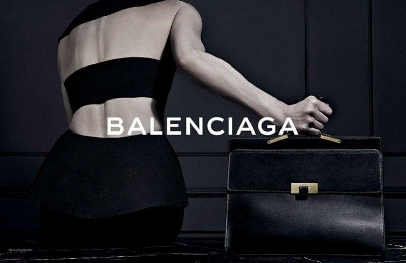 Kristen McMenamy w kampanii Balenciaga jesień zima 2013/2014