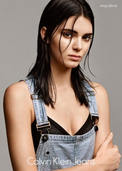 1. Kendall Jenner w kampanii Calvin Klein Jeans #mycalvins Denim Series