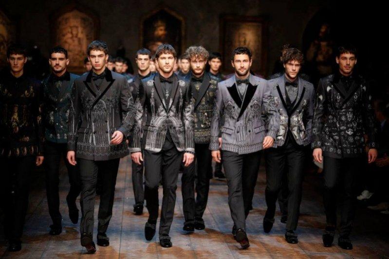 1. Pokaz męskiej kolekcji Dolce & Gabbana jesień zima 2014