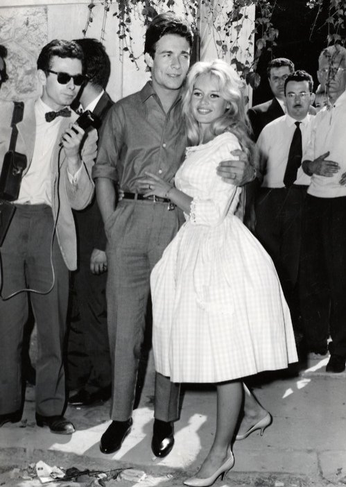 Brigitte Bardot - suknia ślubna midi