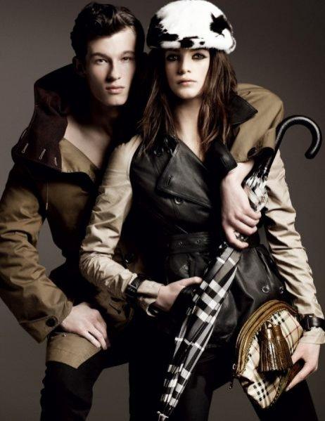 Kampania Burberry Prorsum jesień-zima 2011/12 - mod. Milly Sims i Callum Turner