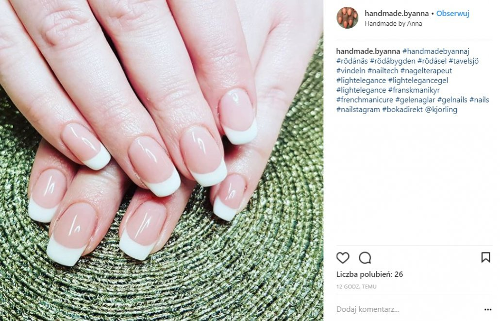 French manicure - Instagram