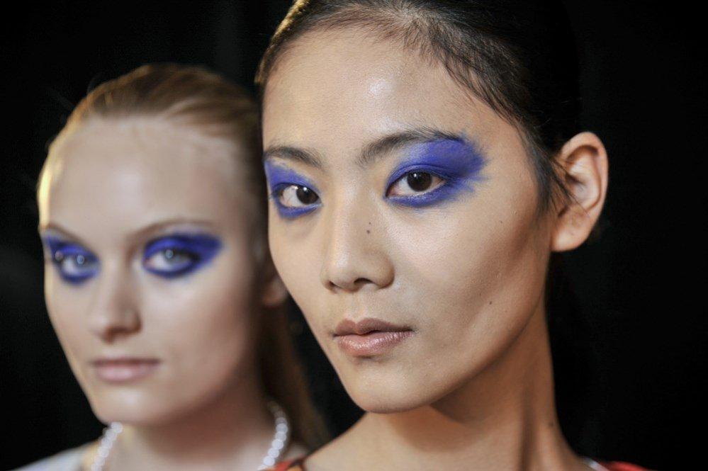 Niebieski makijaż (Fashion Shenzhen)