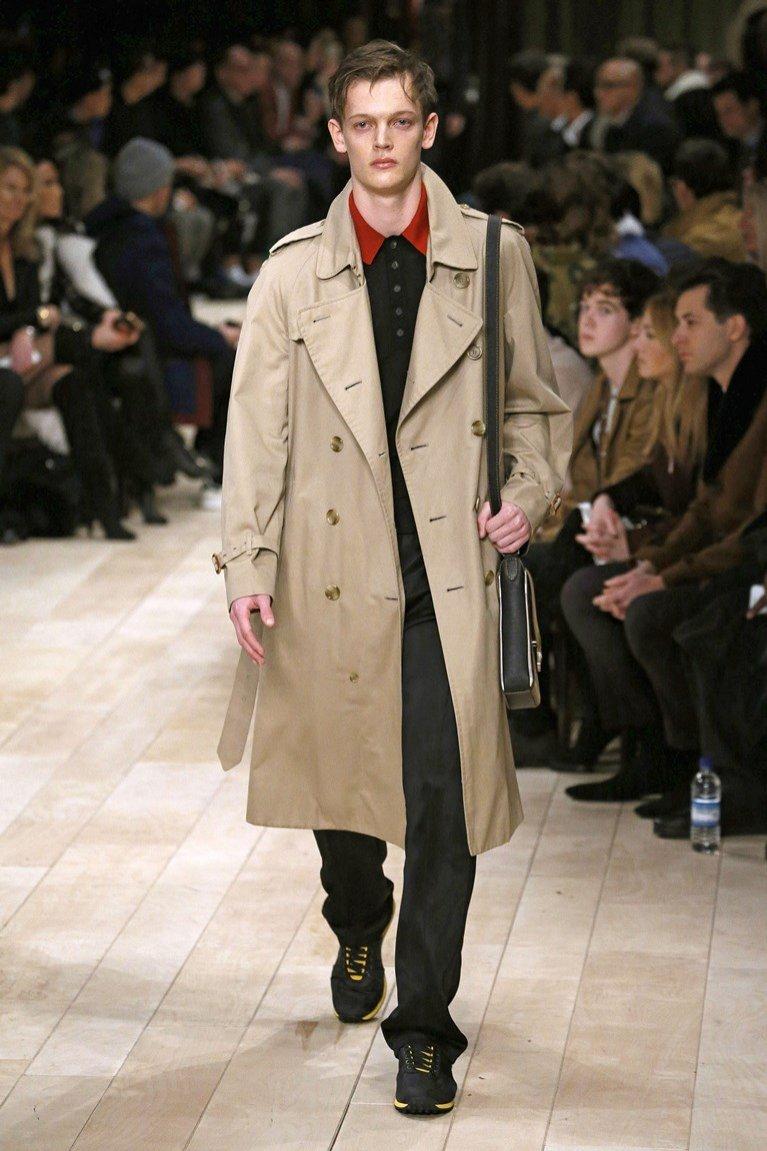 Męski płaszcz Burberry (kolekcja jesień zima 2016)