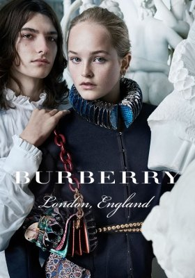 "KAMPANIA BURBERRY ""SEPTEMBER 2016"" DIRECT TO CONSUMER"