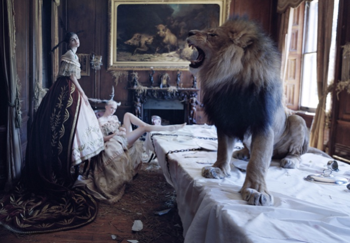Tim Walker dla Love Magazine