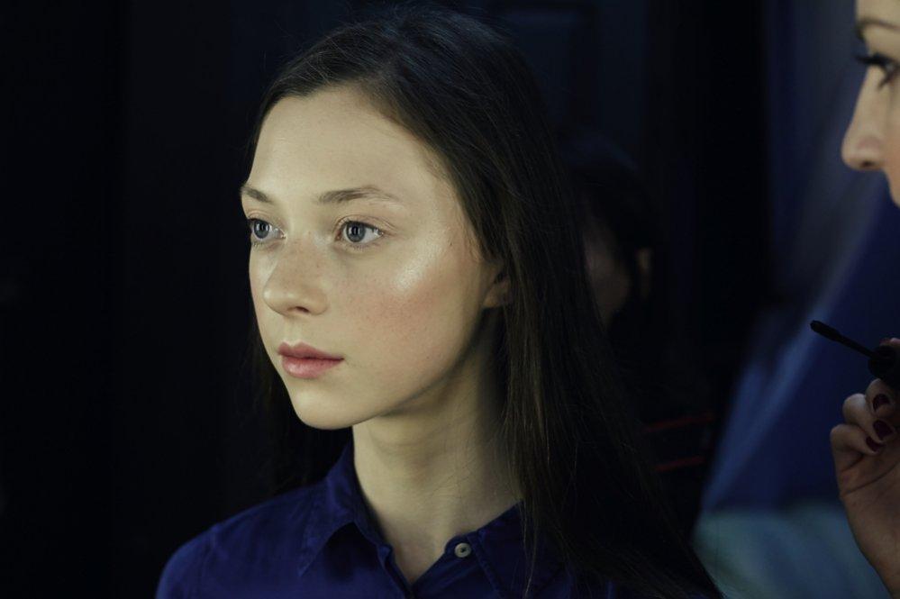 Julia Kuzka z agencji D'Vision przed pokazem Michała Szulca Galene