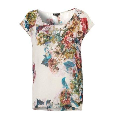 T-shirt z kwiatowym printem - 199 PLN