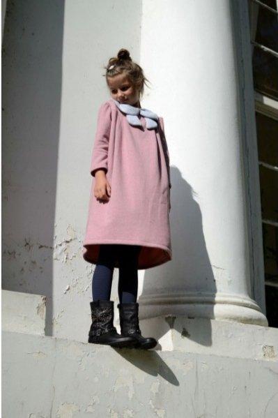 1. Four'eMki, sukienka