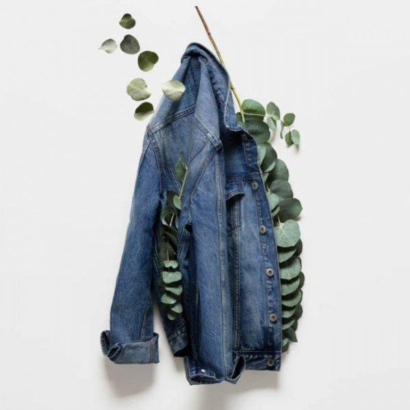 1. Nowa kolekcja H&M  wykonana z użyciem materiałów pochodzących z recyklingu