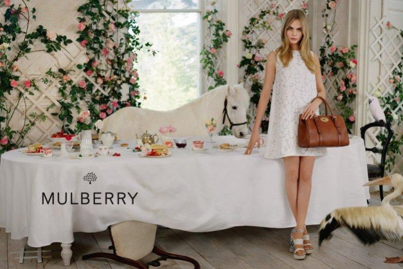 1. Cara Delevingne w kampanii Mulberry wiosna lato 2014