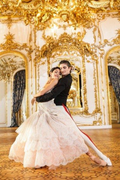 1. Projekty kostiumów Vivienne Westwood dla Wiedeńskiego Baletu Narodowego