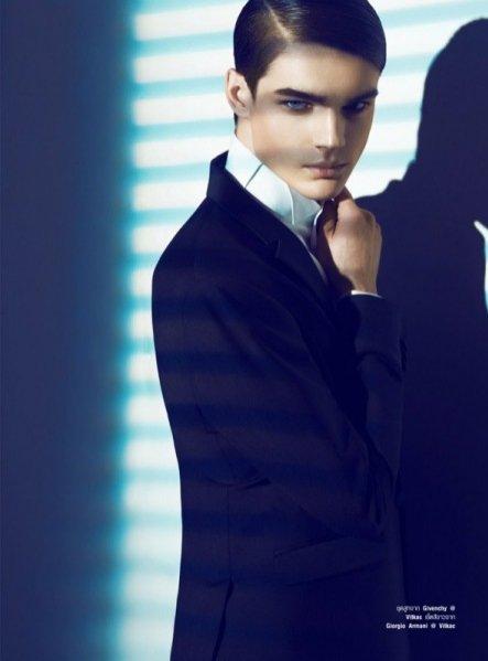 1. Dominik Sadoch, Jan Purski i Maks Behr dla Harper's Bazaar Men Thailand