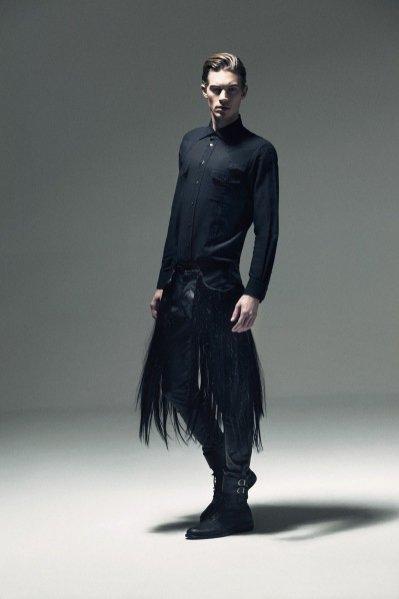 Greg Nawrat w lookbooku kolekcji Mariusza Przybylskiego na sezon wiosna lato 2012