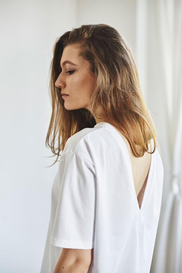 Biały t-shirt GAU