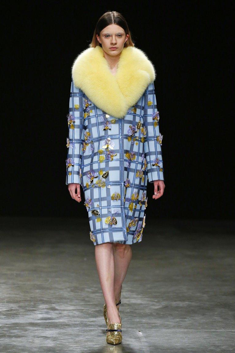 Płaszcz w kratę (Mary Katrantzou)
