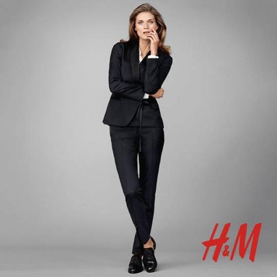 1. Małgosia Bela w kampanii kolekcji H&M Modern Classic Premium