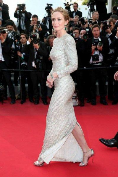 Emily Blunt w sukience Stelli McCartney na Festiwalu Filmowym w Cannes 2015