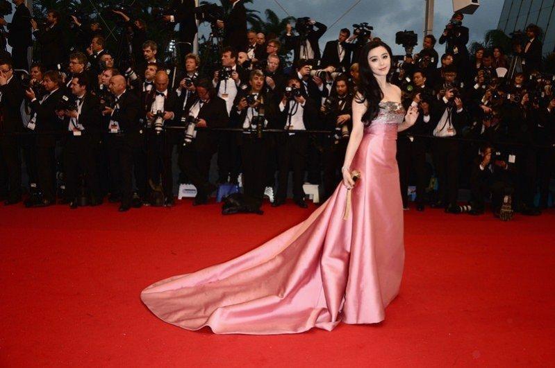 gwiazdy w kreacjach Louis Vuitton na Festiwalu Filmowym w Cannes 2013 -  Fan Bingbing