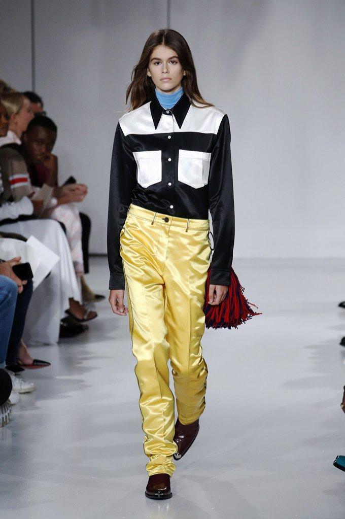 Żółte spodnie Calvin Klein