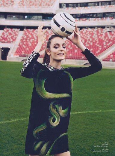 Zuza Bijoch w sesji dla Fashion Magazine - czerwiec 2012
