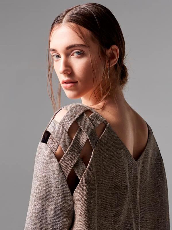 Bluza wykonana z włókien naturalnych w ramach II edycji programu Fashion Starter