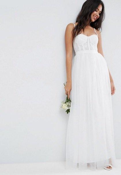 Suknia ślubna ASOS (110 funtów)